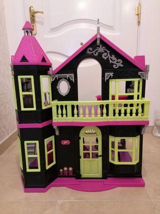 Casa Monster
