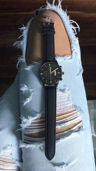 Reloj León París