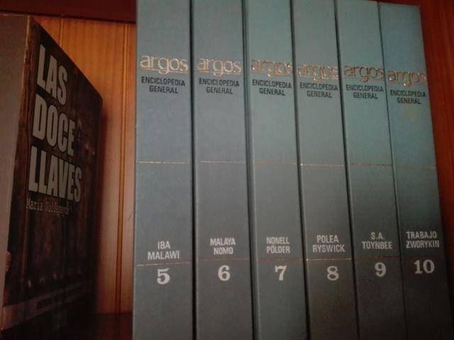 Libros o enciclopedias