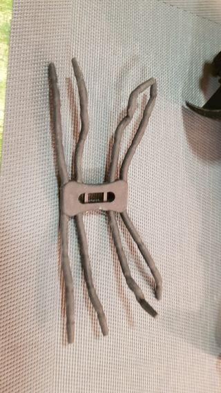 soporte flexible tipo araña para movil de Regalo