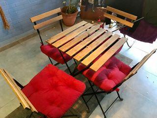 Conjunto de mesa y 4 sillas de jardina o balcón