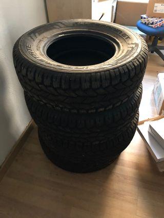 4 neumáticos 265/70/16 112T