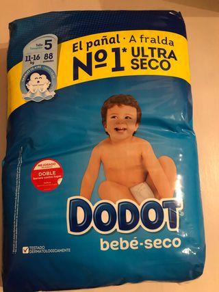 Paquete de pañales Dodot
