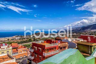 Gran casa en venta de 231 m² en Calle Isla Tenerif