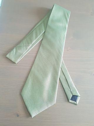 corbata verde de seda Nueva