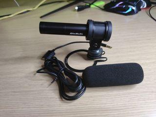 Micrófono: Avermedia Live Streamer Mic 133