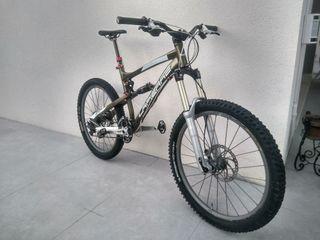 Bicicleta enduro Lapierre Spicy 916