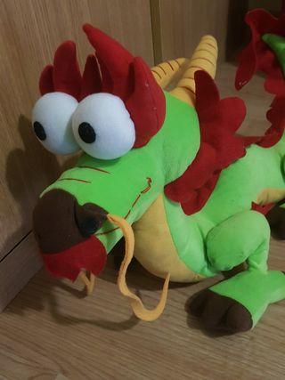 Dragón chino peluche