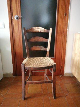 Silla antigua madera
