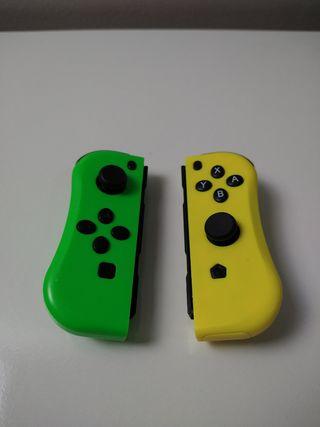 Joy-con genéricos verde y amarillo.