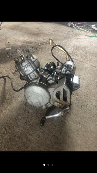 Motor €2 49