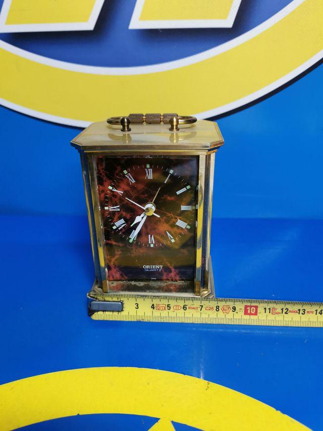 Reloj de mesa ORIENT quartz buen estado