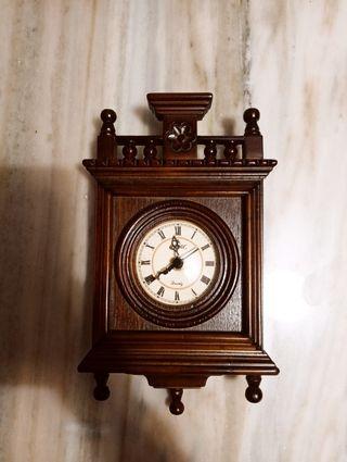 reloj pared Camelot