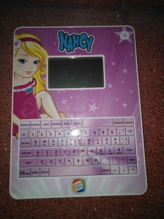 Tablet Nancy , Blackberry Barbie