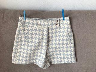 Pantalón corto- falda
