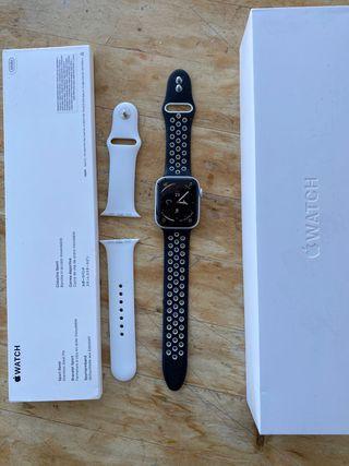 Apple Watch Series 4, 44mm