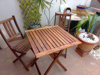 Mesa y 2 sillas terraza