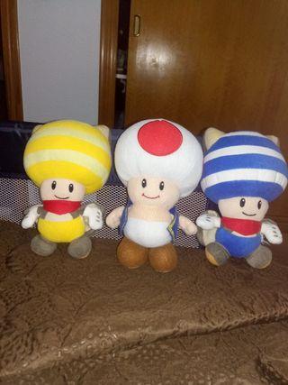 peluches del Mario
