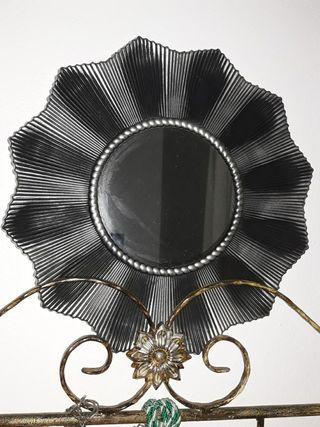 espejo de pvc decorado plata 7.50 euros