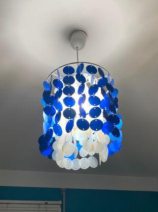 Lámpara de techo juvenil