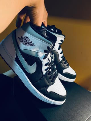 Jordan 1 Mid Shadow