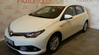 Toyota Auris advance