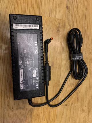 Cargador Acer 135W