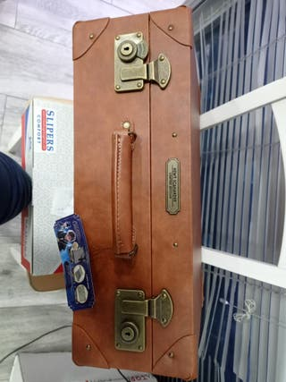 maleta réplica newt scamander animales fantasticos