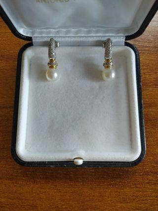 Pendientes de Oro, brillantes y perlas Australiana