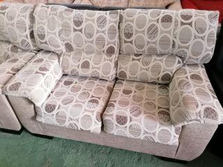 sofá muy cómodo de 2 plazas