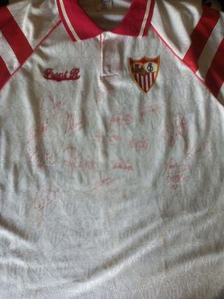 camiseta del sevilla con firma de Maradona