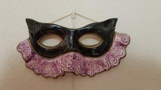 Mascara ceramica