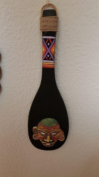 Paleta madera con Mascara