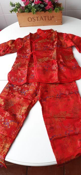 disfraz oriental rojo