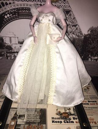Vestido boda Barbie