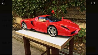 Enzo Ferrari escala 1:10 colección Planeta Agostin