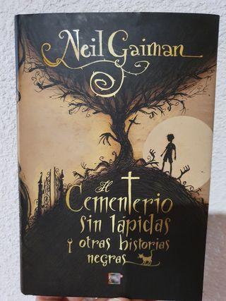 Libro El Cementerio sin lápidas y otras historias