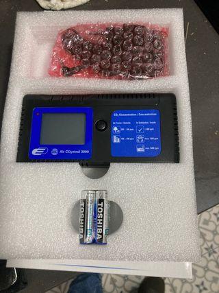 Medidor Co2 y temperatura