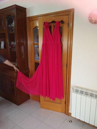 Vestido de cola talla 48