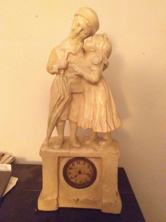 reloj, figura muy antigua