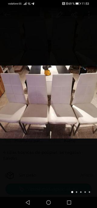 4 sillas blancas de polipiel. se regalan fundas.