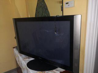 TV plasma Hitachi