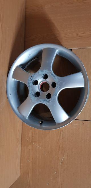 Llanta Audi a3 de 17 pulgadas