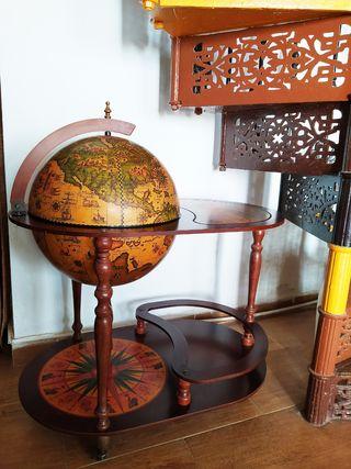 Botellero / Minibar Bola del Mundo Vintage