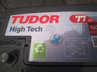 batería tudor de 12v 77ah esta en muy buen estado prácticamente sirve para cualquier tipo de vehículo
