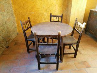 juego de mesa y sillas madera