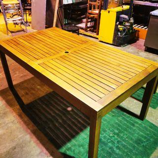 mesa banco madera jardín teka