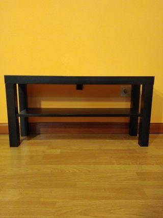 Mueble TV Ikea negro.