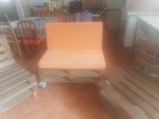 sofás de palets con ruedas artesanales