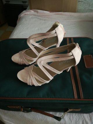 zapatos rosa pálido